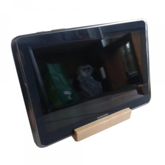 Ipad and tablet docking station stand